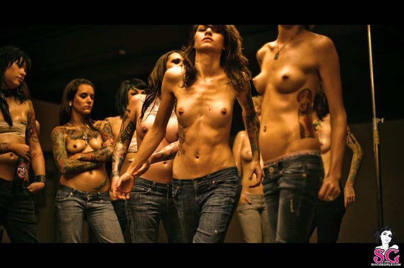 video-golih-zhenskih-boev