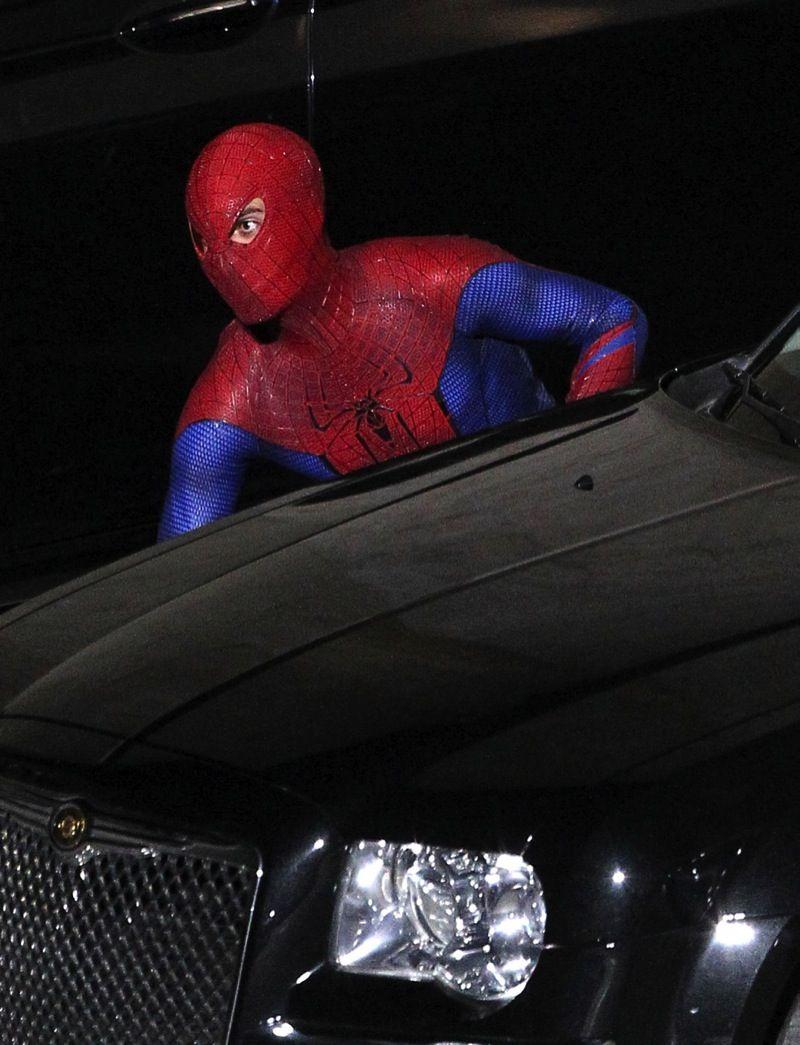 Эндрю Гарфилд на съемках фильма Человек-паук 4. Не так давно Эндрю