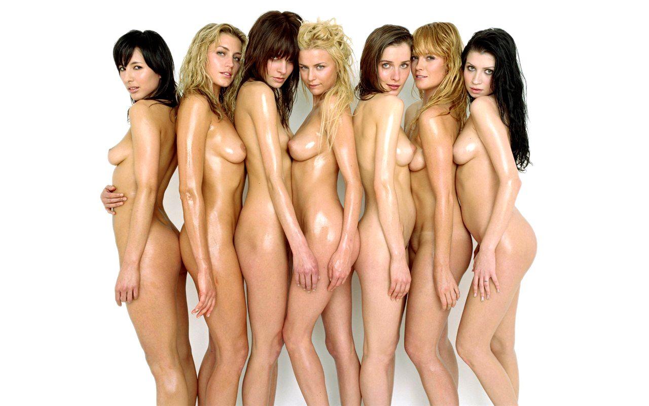 Приколы с голыми большими сиськами 24 фотография