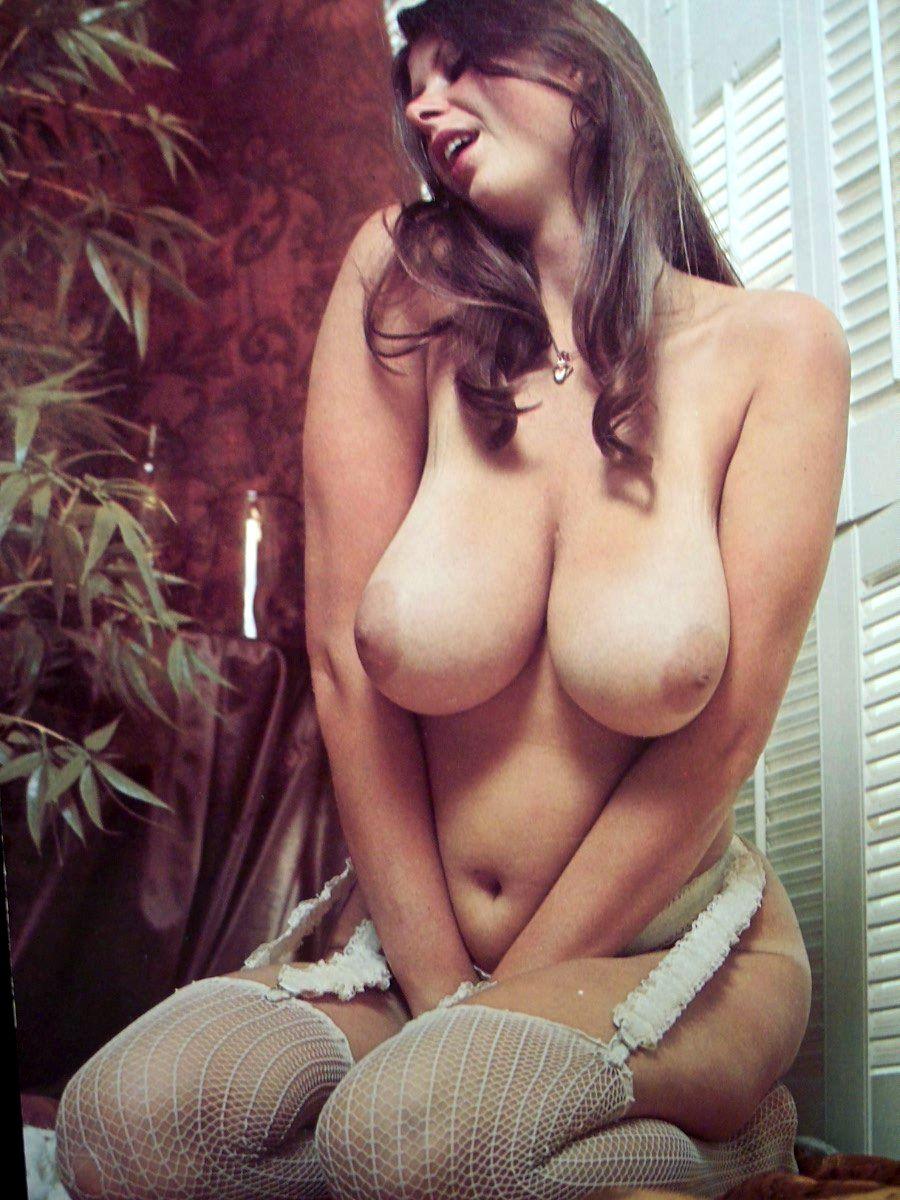 Arte O Porno retro-mix, pioneras en el arte del erotismo moderno