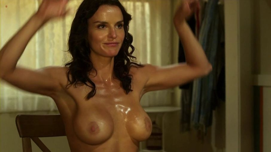 Valerie bertinelli en bikini de hilo