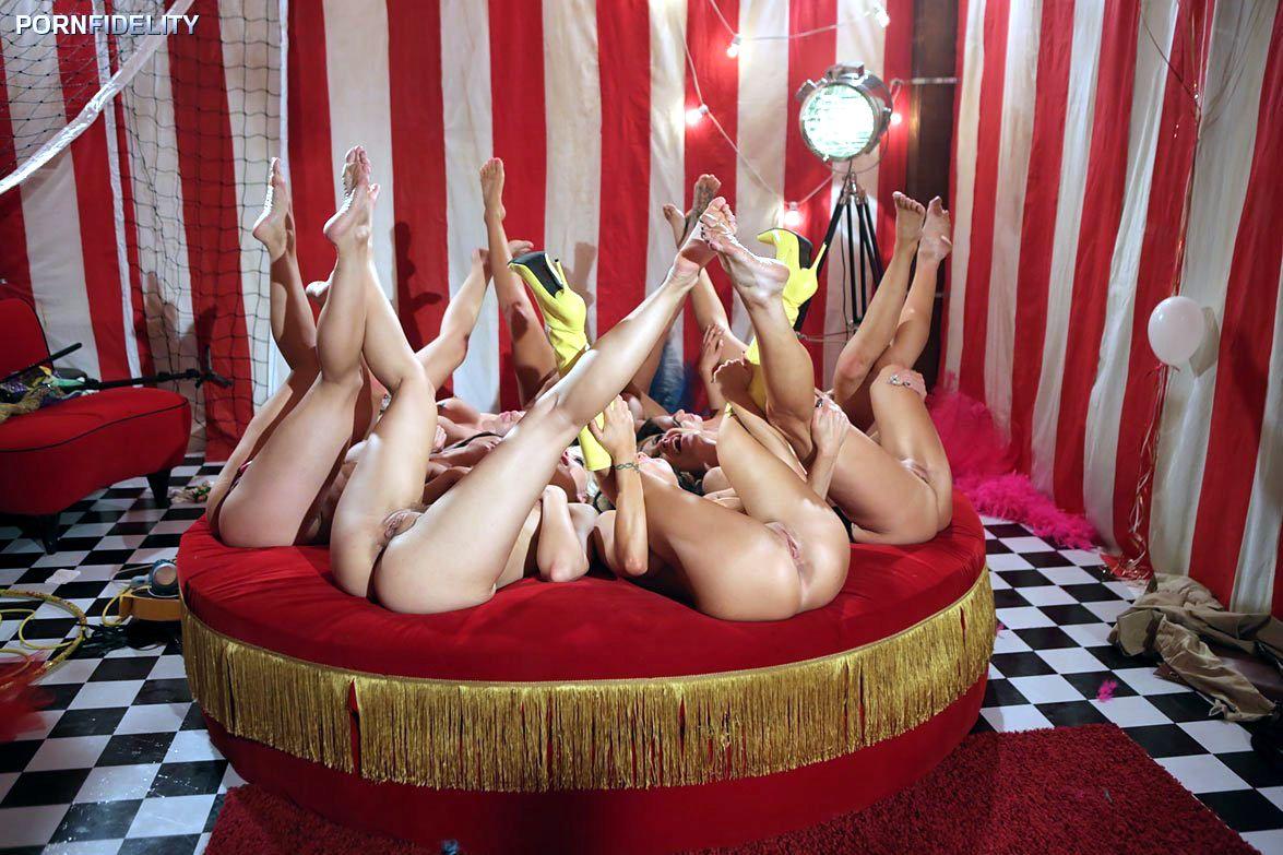 торрент скачать в видео через порно цирке