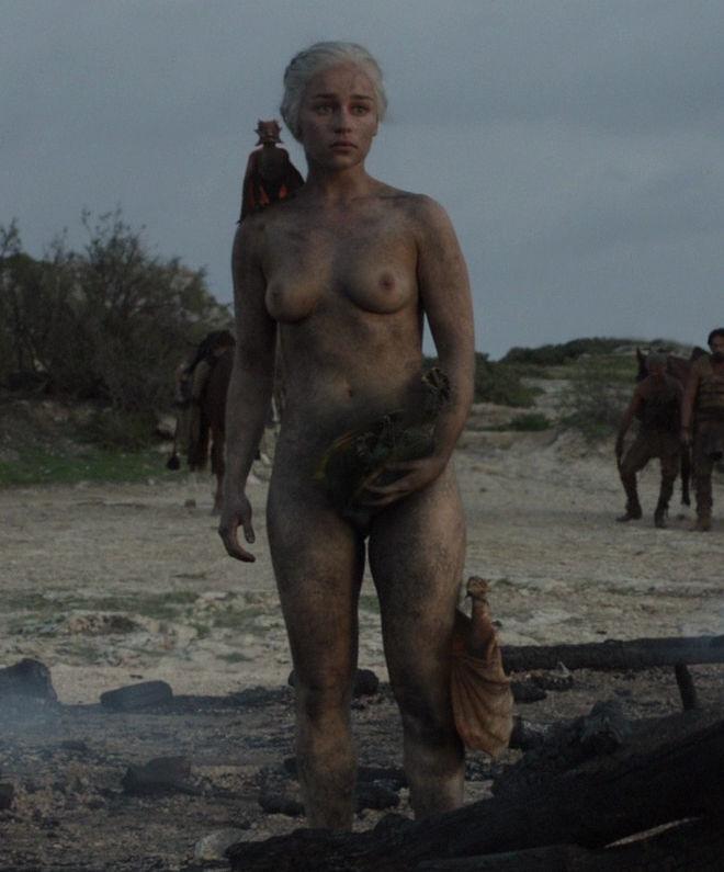 Daenerys targaryen naked