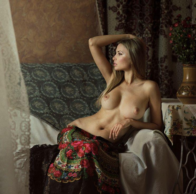 Marina russian blonde nude barefoot