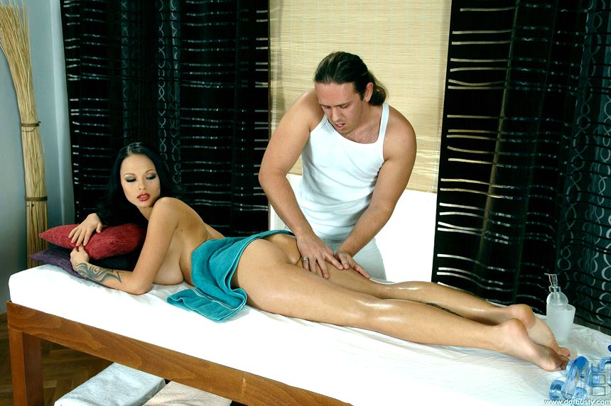 ahora masaje tetas pequeñas