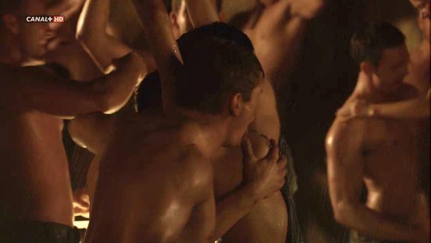 Spartacus: Vengeance ofrece más desnudos y -
