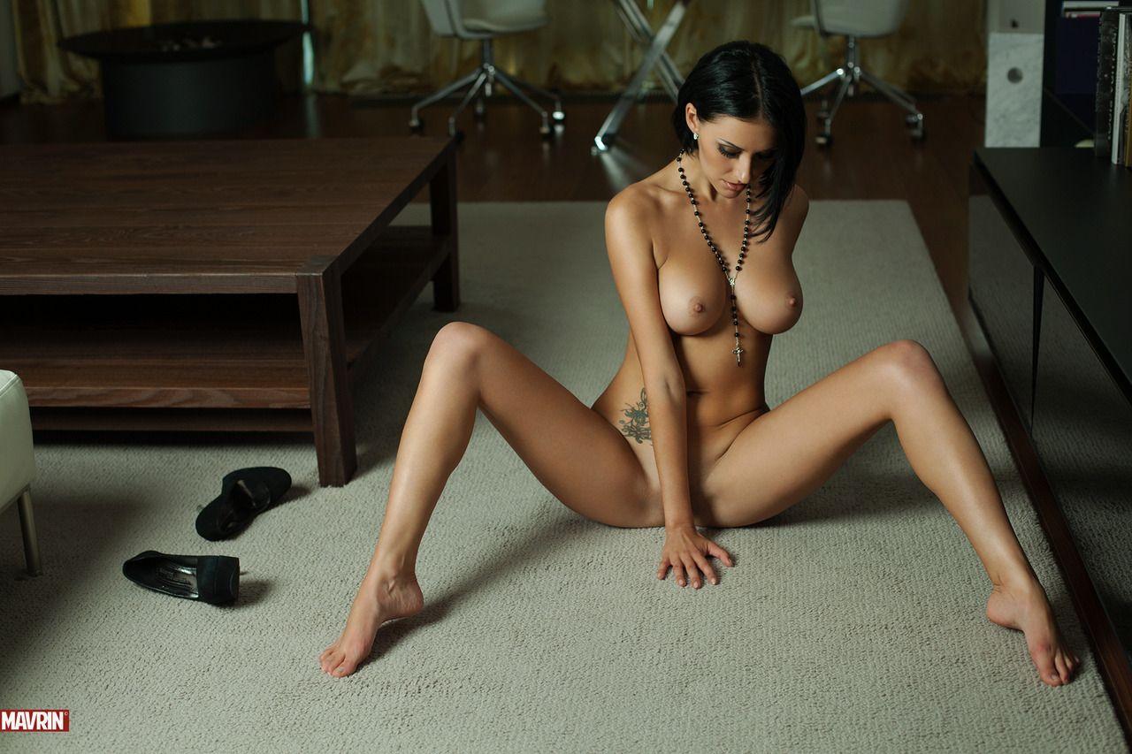Фото галерея девушки еротика 6 фотография