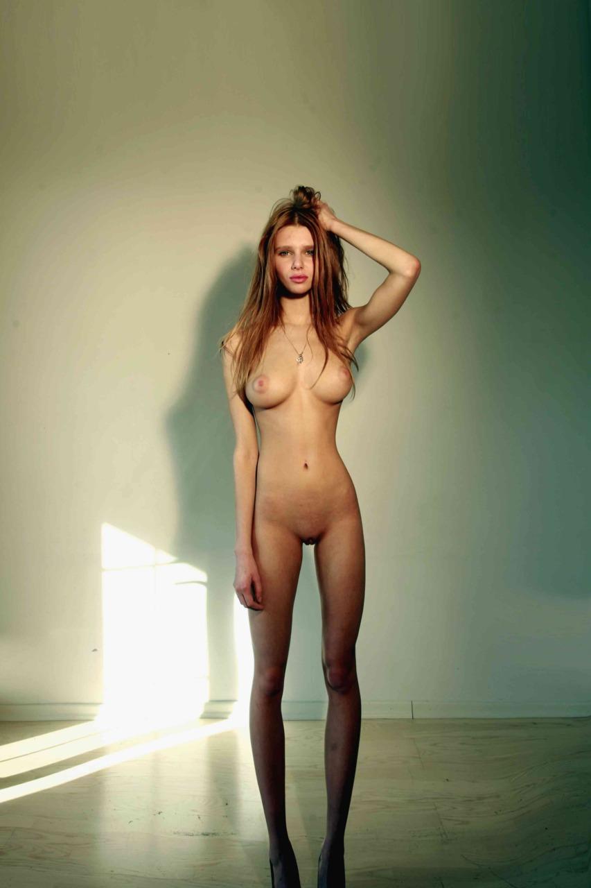 Photo sesion nude model zara 1