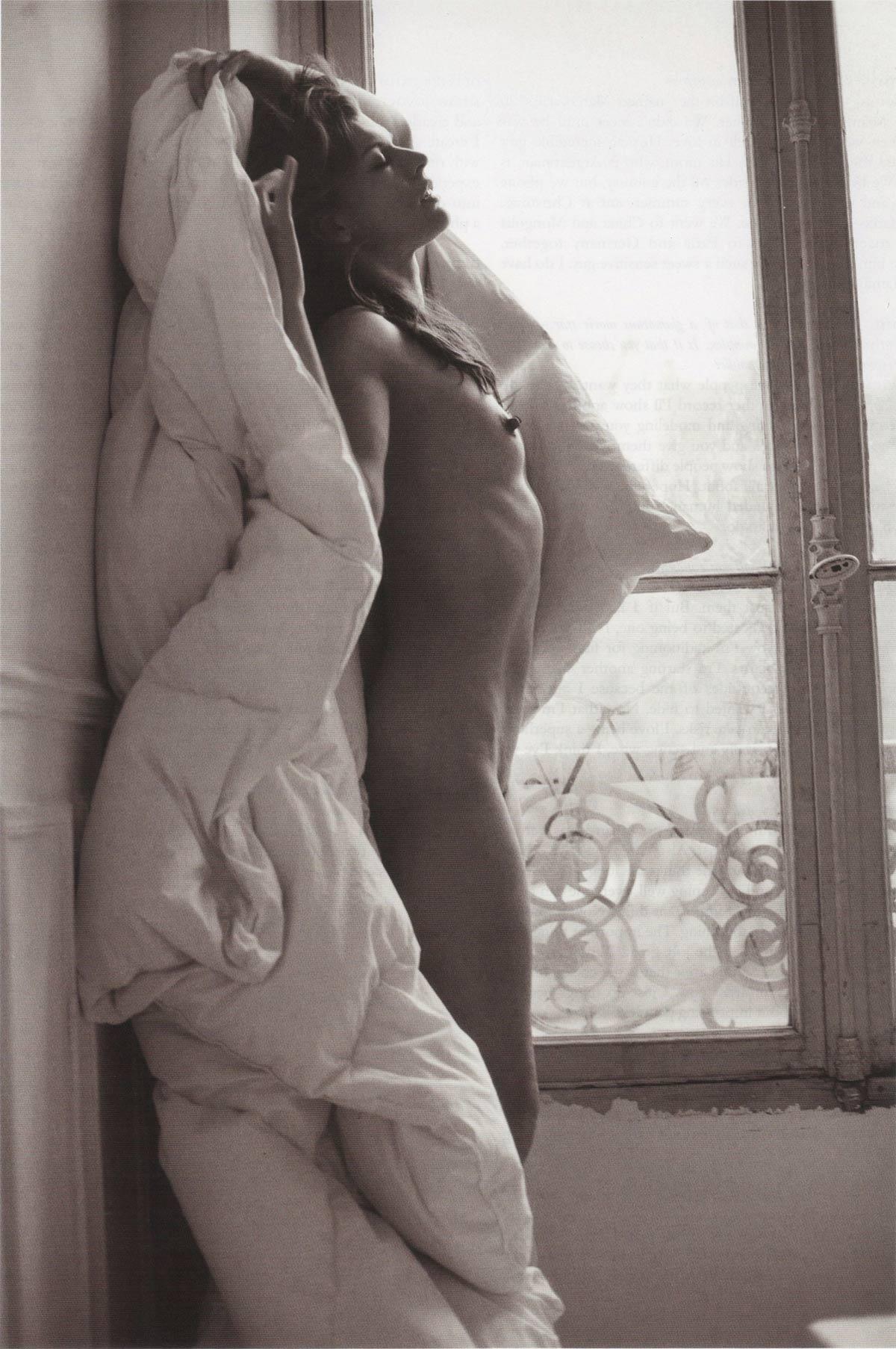 El desnudo de Milla Jovovich que nos dejó con la boca