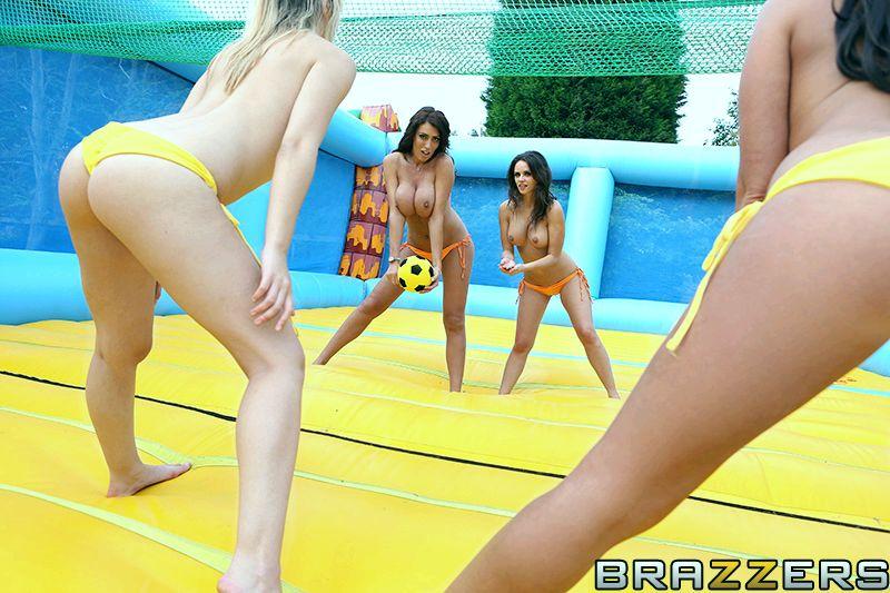 Porno Volleyball