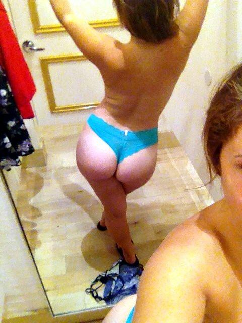 Masturbandose en el espejo mientras se graba - 1 part 3