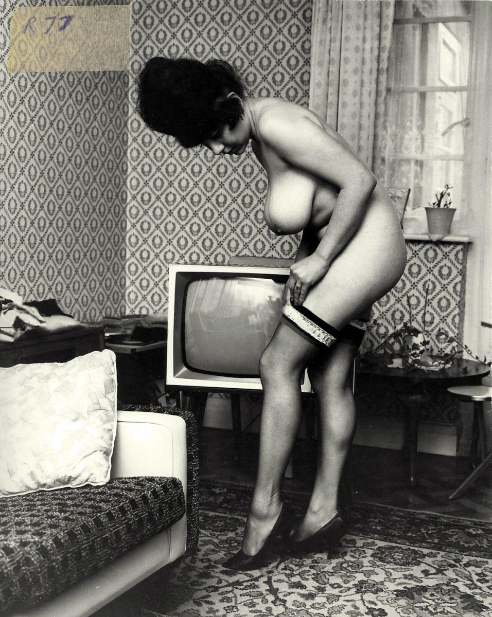 Ретро порно большая грудь онлайн 18 фотография