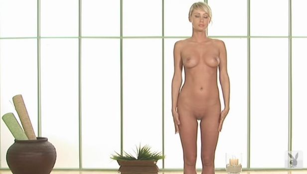 Sara jean underwood nude yoga