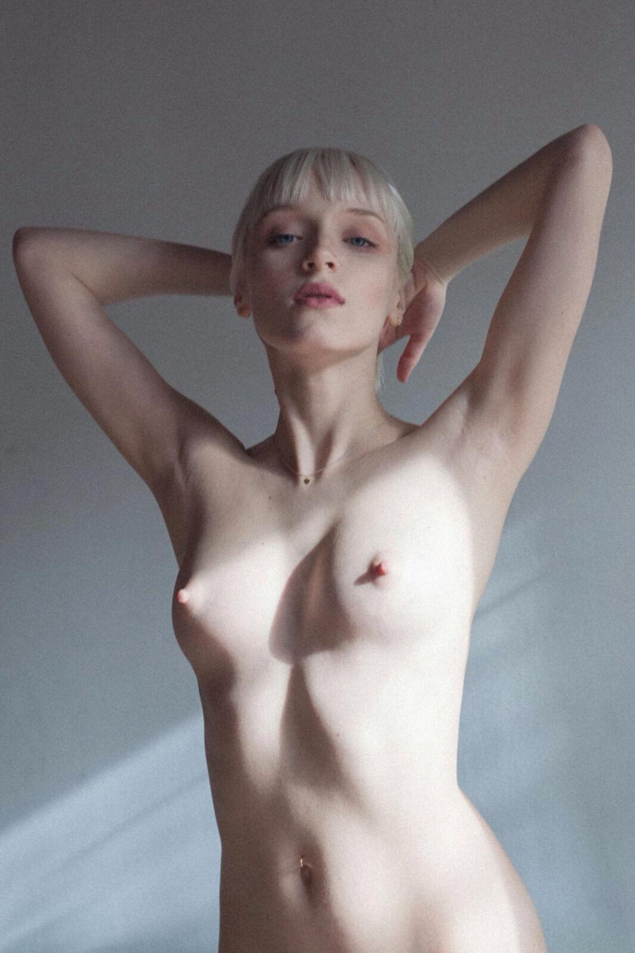 Uma karina nude